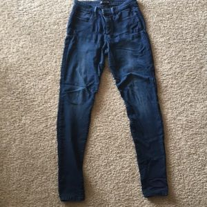 Size 27 Joe's Jean - The Skinny. Only worn ONCE!